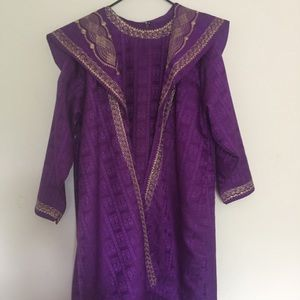 African garment - purple and gold